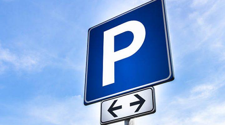 Find det bedste parkeringsselskab til prisen på nettet